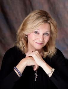 Dr. Cynthia Bischoff